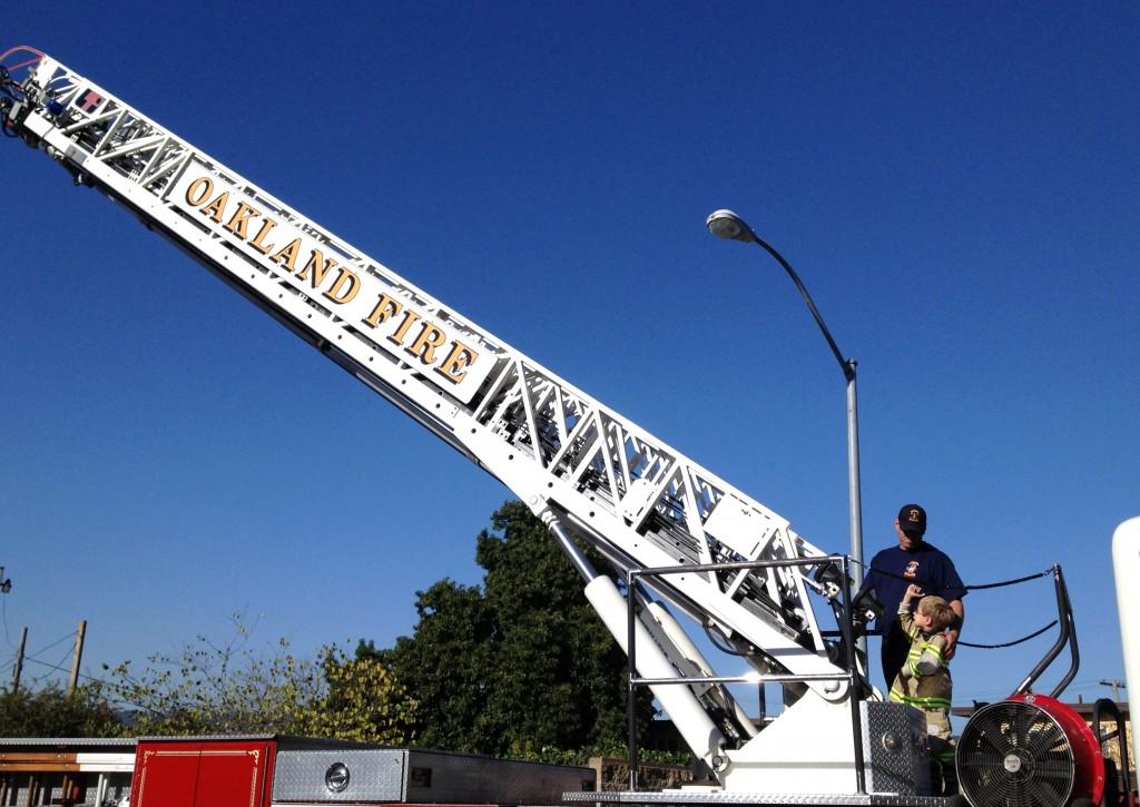 Oakland fire pics 134